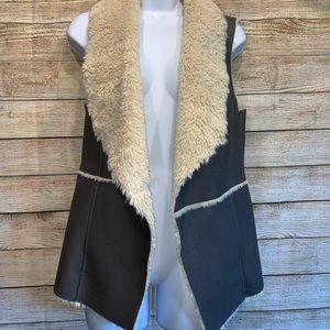 Maurices Medium Faux Fur Vest Grey